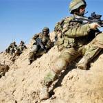 NATOの車列にアフガンタリバンの攻撃は7人の兵士を殺す
