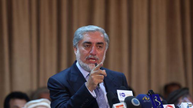 アフガニスタン:アブドラ·アブ...