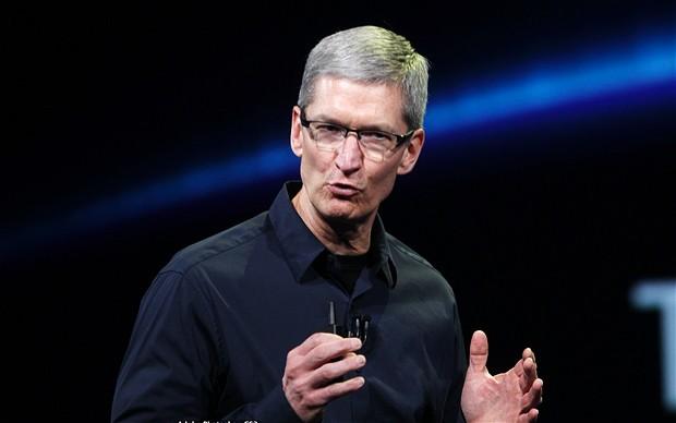 """コンピュータの世界で会社名、""""アップル最高経営責任者(CEO)のTim Cook"""