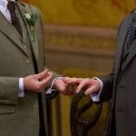 フィンランドの議会での同性愛者の結婚のための解像度の決議を可決した