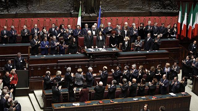 イタリアの議会は独立したパレスチナ国家の支援で決議し