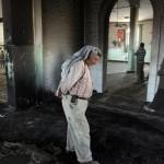 アル·JABAの町のユダヤ人のグループは、Al-フダモスクに火を