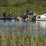 ウルグアイ小型飛行機がクラッシュしたが、10は殺さ
