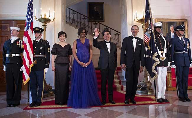 ホワイトハウスの集合写真でオバマ米大統領と日本の安倍晋三首相