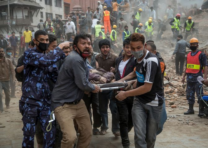 ネパール首相が懸念1万死傷しました