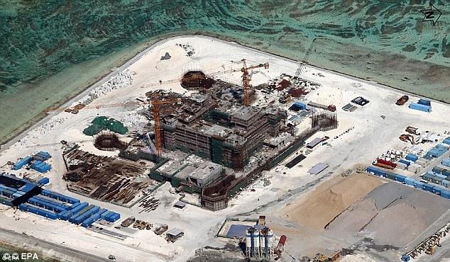 米国は南シナ海の紛争地域で、島の上に構築されていた中国のあるべきと警告