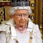 伝統によると、エリザベス女王は、新政府は、プロジェクトが国会議員に提示言っ