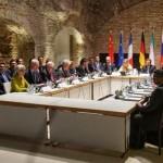 核取引にイランの指導者との違い