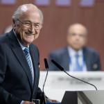 FIFA会長ゼップ·ブラッターは5期連続時間のために選出されました