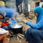 空腹のシリア難民の何百万人が死んで恐れ