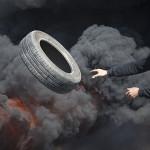 暴動は、エルサレムとヨルダン川西岸地区で勃発