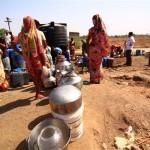 いくつかの村は、インド水不足に苦しんでました
