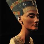 エジプトの女王ネフェルティティ