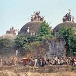 バーブリー・マスジド事件は、インド、インドの大統領の頭を引っ掛け