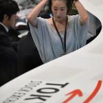 東京証券取引所は、900以上のポイント下落しました
