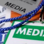 トルコ政府は、マスコミの数十の閉鎖を発表します