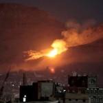Houthiの反乱軍からミサイルを発射