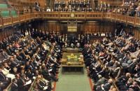 英国の議会での6月8日の総選挙が解散されるまで