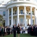 トランプ大統領と彼の妻ミレーナ・トランプがホワイトハウスで祝われたスケルトンに出席した。
