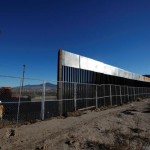 メキシコ国境の壁の建設