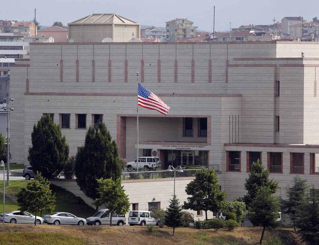 米国はトルコで大使館と領事館からビザを停止した