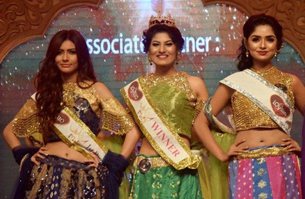 From left, Jessia Islam, Jannatul Nayeem Avril and Jannatun Sumaiya Himi, the top three of Lovello Miss World Bangladesh