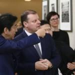 安倍晋三首相とリトアニア首相サウリウス・スケベリリス