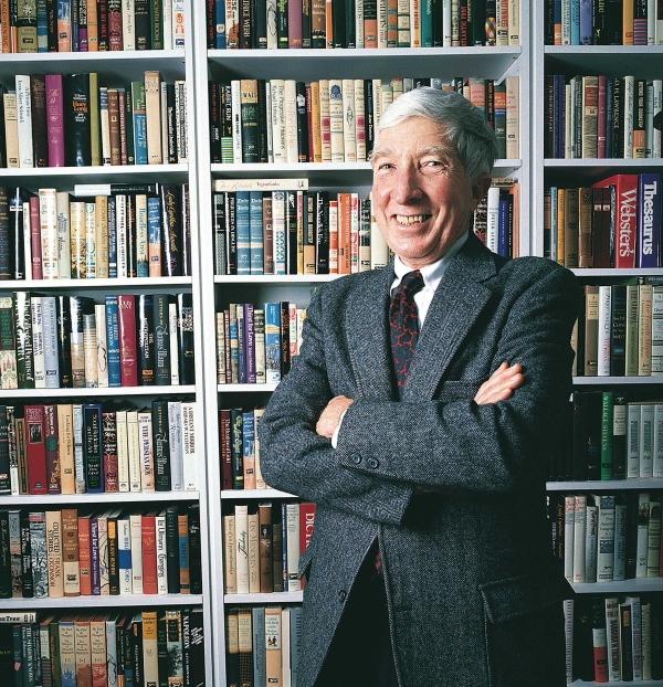 英語文学のスター、ジョン・アップィケ