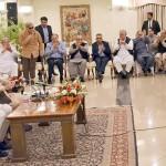 ナワズ・シャリフ前首相は、2018年の選挙を準備するため、本月曜日に本部特別会議を開催するよう求めた。