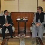 Shahid Khaqan Abbasi首相、Mian Saqib Nisar首相