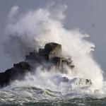 この嵐は、オマーンとイエメンの沿岸地域で崩壊するだろう