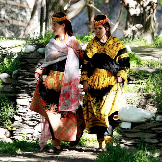 谷Kailashの世紀の伝統は今日も生きている