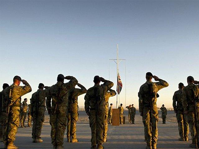 テレサ・メイ英首相は、アフガニスタンに440人の追加兵士を派遣することを約束した