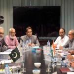 パキスタンのチームが率いるインド水道委員会のメアリー・アリーシャーは、PKサクセナ