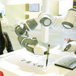 ロボットや機械は今後4年間で多くの変化を起こすでしょう