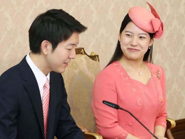 日本の空手アヤコと森谷慶夫
