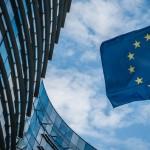欧州委員会は弱い金融システムを持つ23カ国のリストを発表しました