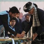 アフガニスタンでは、投票した人の25%未満であり、これは過去3回の大統領選挙よりも低い。