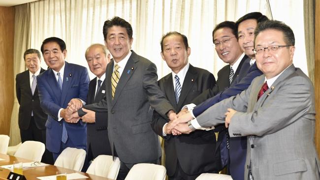 安倍Shin三首相が新内閣に就任