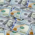最近の米ドルのボラティリティは、経済学者と市場参加者の間で2つのまったく異なる反応をもたらしました。