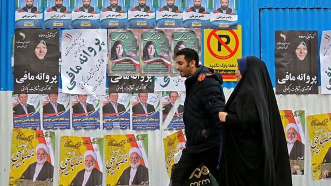 選挙で290議席を争う約7100人の候補者間の競争