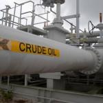 日本の原油価格は30%下落