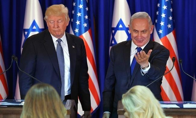 今年1月28日、トランプは中東和平計画を発表し、エルサレムはイスラエルの「分割されない資本」のままであると述べました。