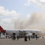 首相と閣僚の飛行機への攻撃による死者数は22人に増加した