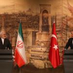 トルコのメブリュト・チャブシュオル外相とイランのジャワド・ザリフ外相との記者会見