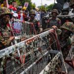 ミャンマーの抗議者に対する取り締まりで数十人が逮捕された