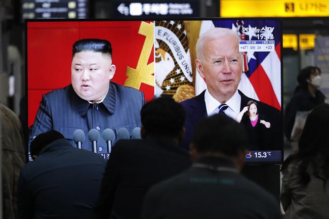 金正恩国王は、ジョー・バイデン米国大統領に、彼の国はより多くの兵器を製造するだけでなく、ミサイルのテストも続けると警告した。